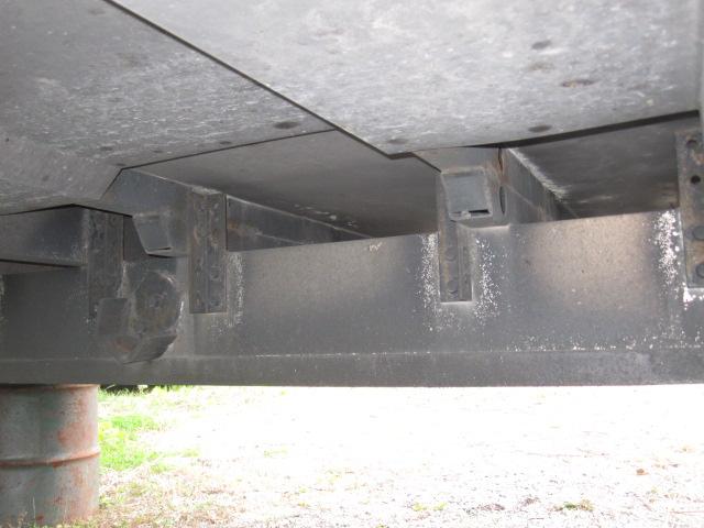 大型冷凍バン 3軸用 別エンジン付き