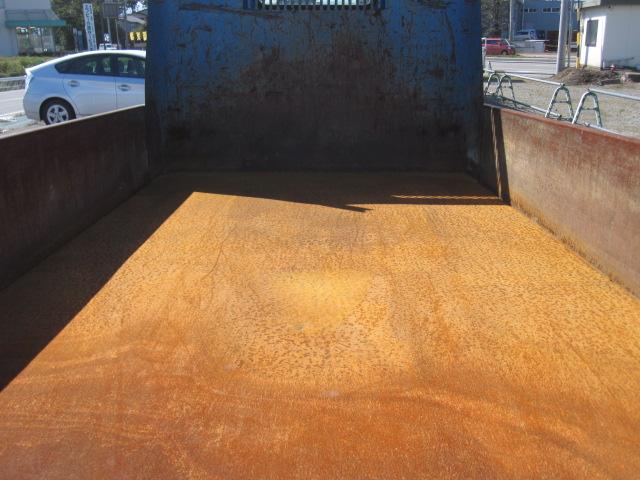 3トン4ナンバー全低床ダンプ 低走行