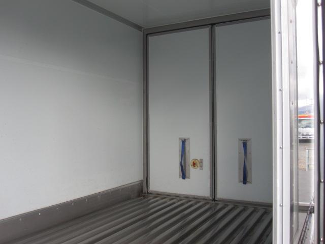 10尺保冷バンサイドスライドドア付き