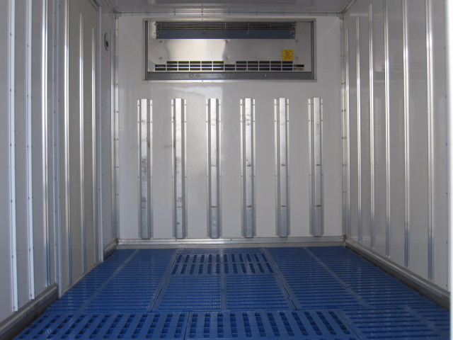 1.5トン 10尺4WD 低温冷凍バン 新免許対応