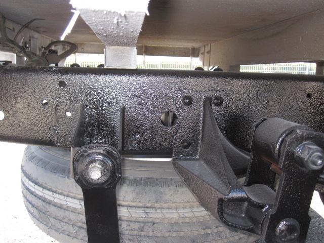 1.5トン4WD10尺平ボデーシングルタイヤ
